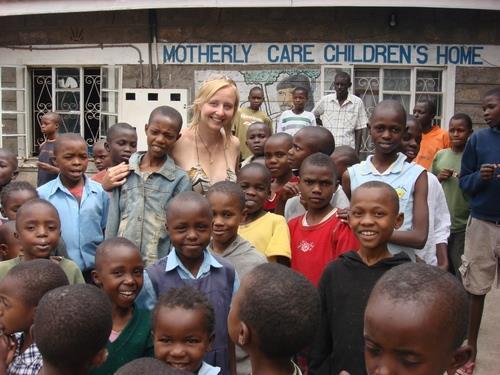 Volontariato Kenya bambini poveri vulnerabili