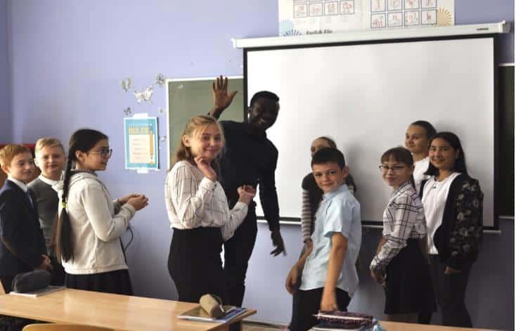 Volontariato Russia scuola multiculturalismo