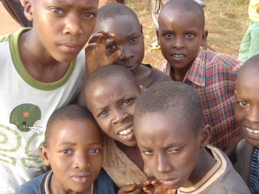 Volontariato Kenya scuola primaria secondaria